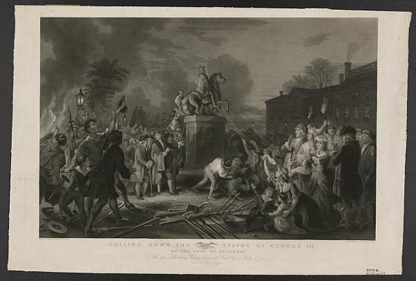 Protestors pulling down statue of George III in New York in July of 1776, engraving by John C. McRae, circa 1875