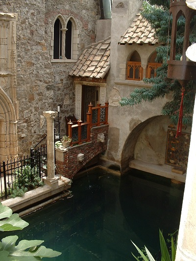 Inner Courtyard and swimming pool, Hammond Castle, Gloucester, Mass. Photo Credit: Rebecca Brooks