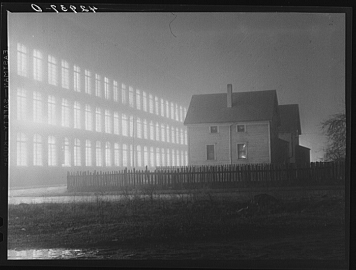 Textile mill working all night in New Bedford, Massachusetts, photo by Jack Delano, circa 1941