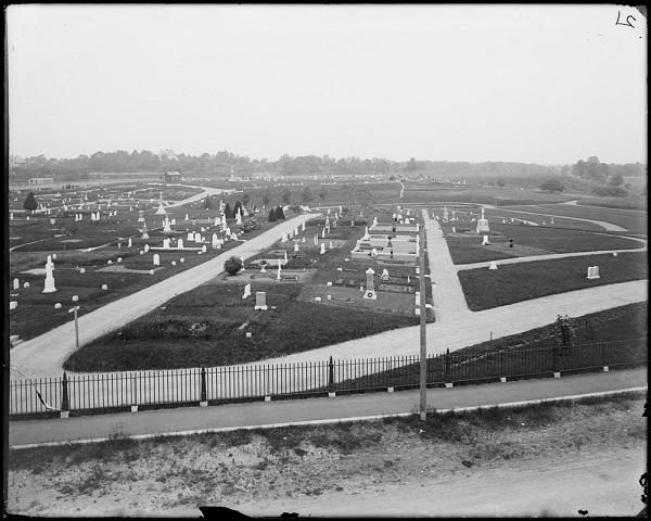 Greenlawn Cemetery in Salem, Mass, photo by Frank Cousins