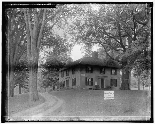 Munroe Tavern, Lexington, Mass, circa 1910-1920